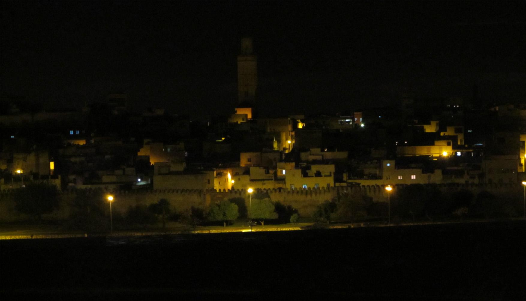 124 maroko meknes by night