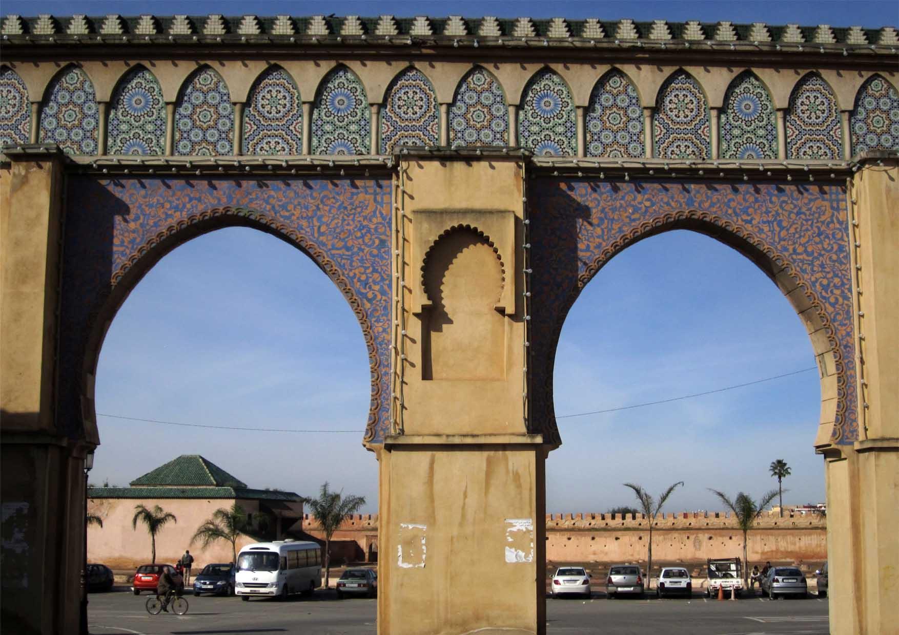 138 maroko meknes kapija pored mauzoleja mule ismaila