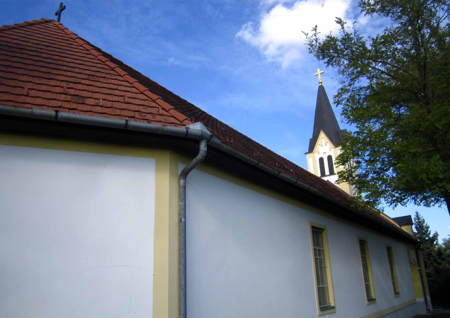 34 Bikovo crkva