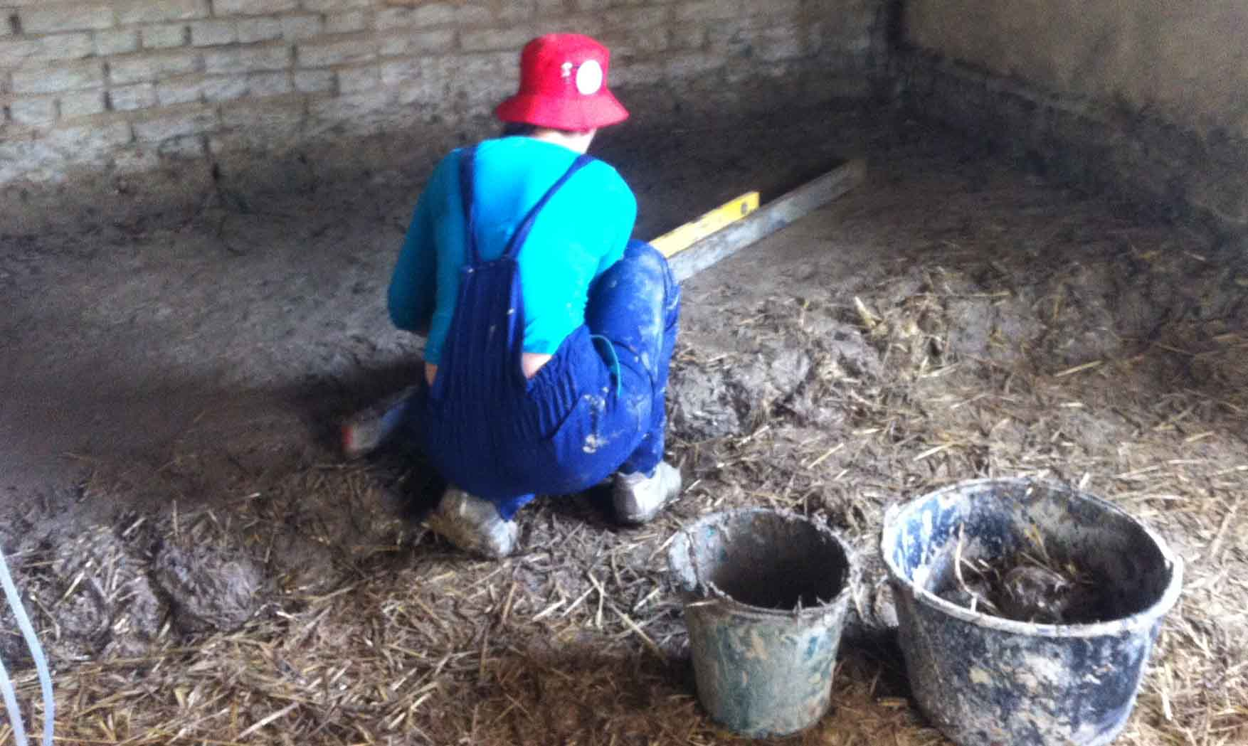 30 jun trska radionica izrada podova od zemlje