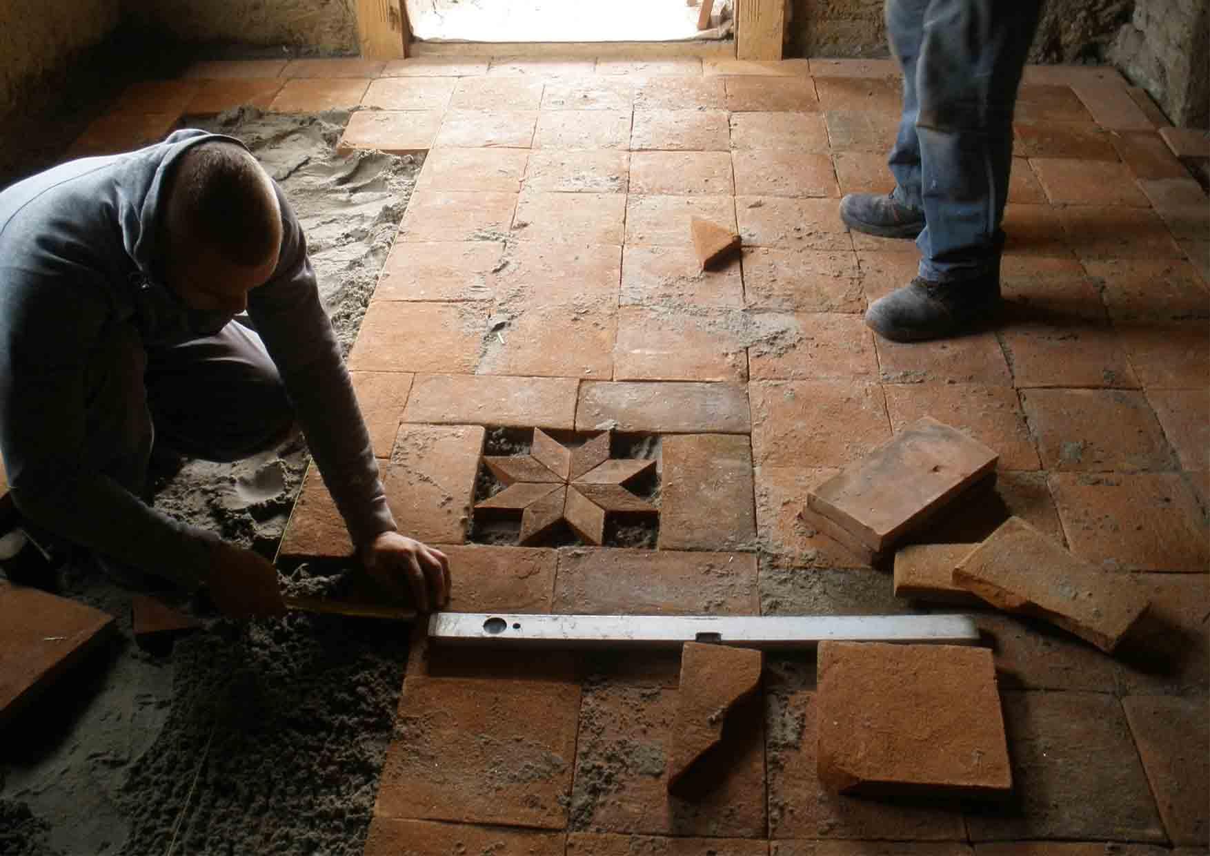 21-mozaik-radionica-postavljanje-ploca